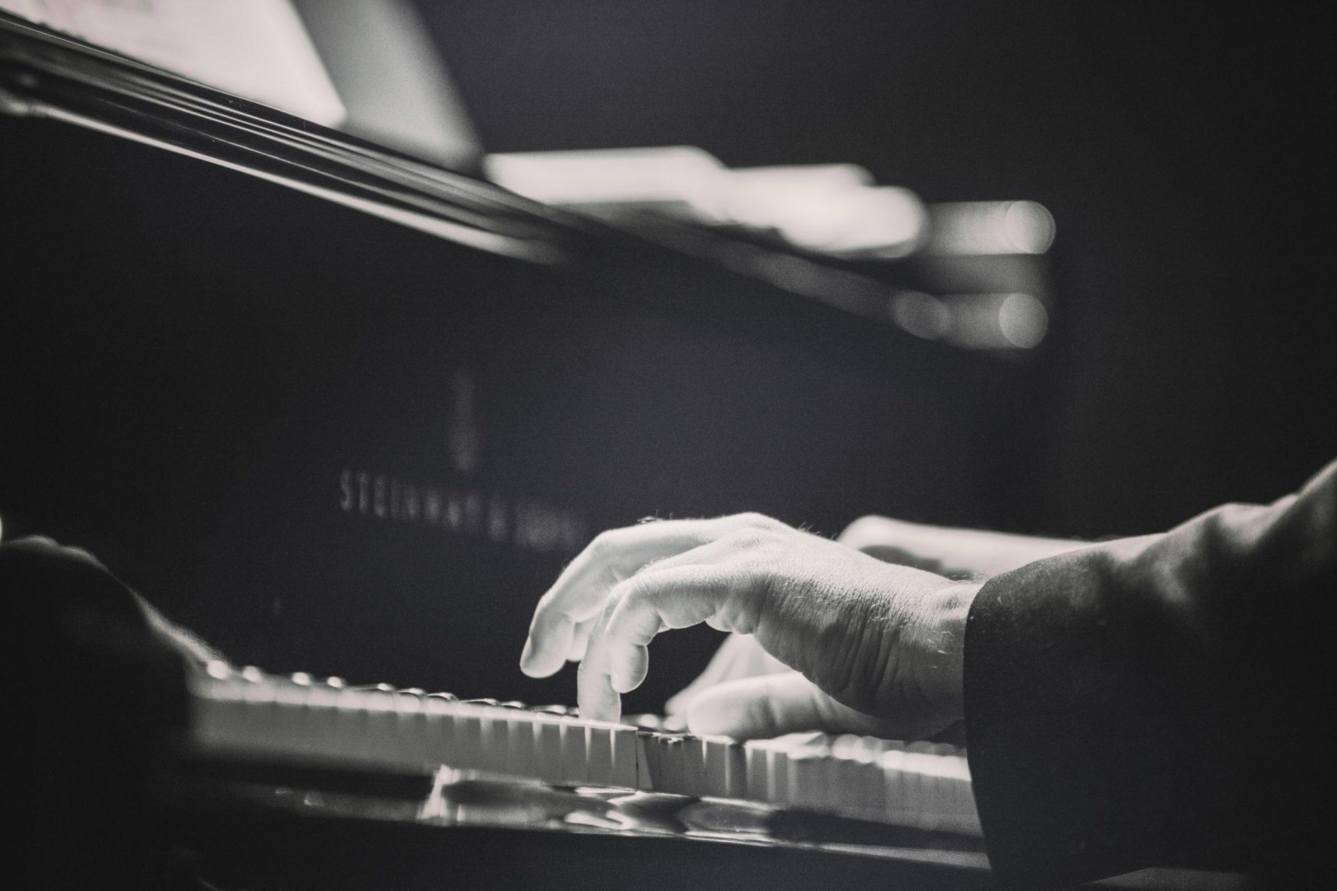 Peter Beets & the Henk Meutgeert New Jazz Orchestra